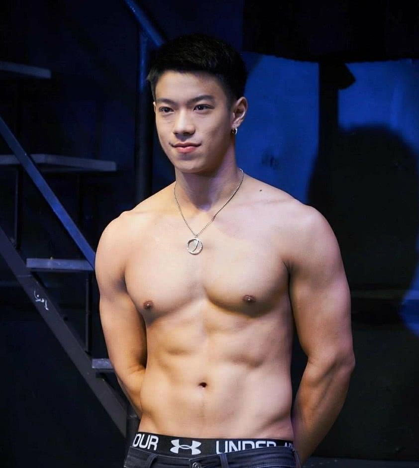 写真丨这枚嫩胸小哥是泰国男模Tudtu Jirat - 日记 - 豆瓣