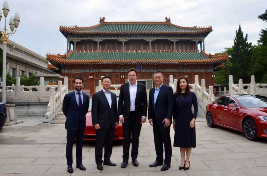 特斯拉是新能源汽车市场