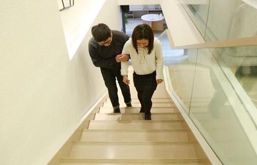 四维宝宝不露脸,孕妈只好疯狂爬楼梯,做到4点四维一次过