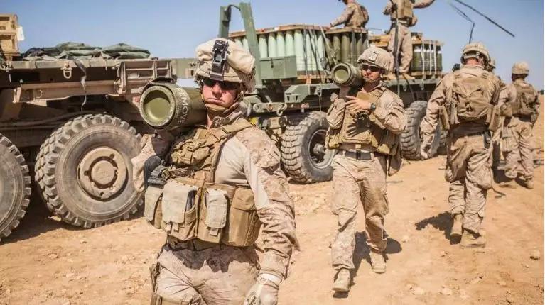 乌克兰罕见大动作!勾结西方围攻普京?美军事基地直接建到俄罗斯!