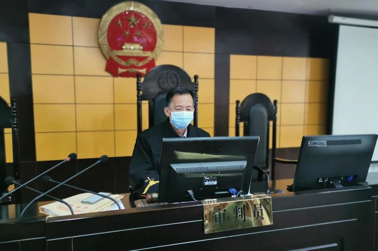寧陵縣法院院長王宏偉疫情期間一天審理 當庭判決4起刑事案
