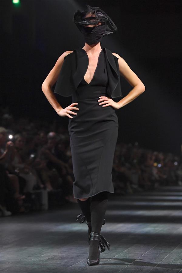 墨尔本时尚节——ToniMaticevski品牌时装秀