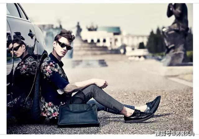 春夏西裤巧搭配,彰显商务男士的职场时尚魅力!