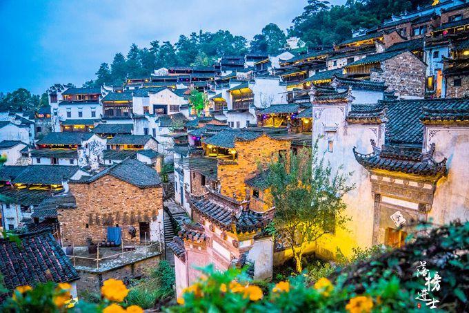 """婺源最美的""""古村落"""",建在山上,夜色下仿佛回到明清"""
