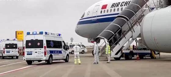 中国一国际航班发现6名旅客发热或服感冒药!防控升级