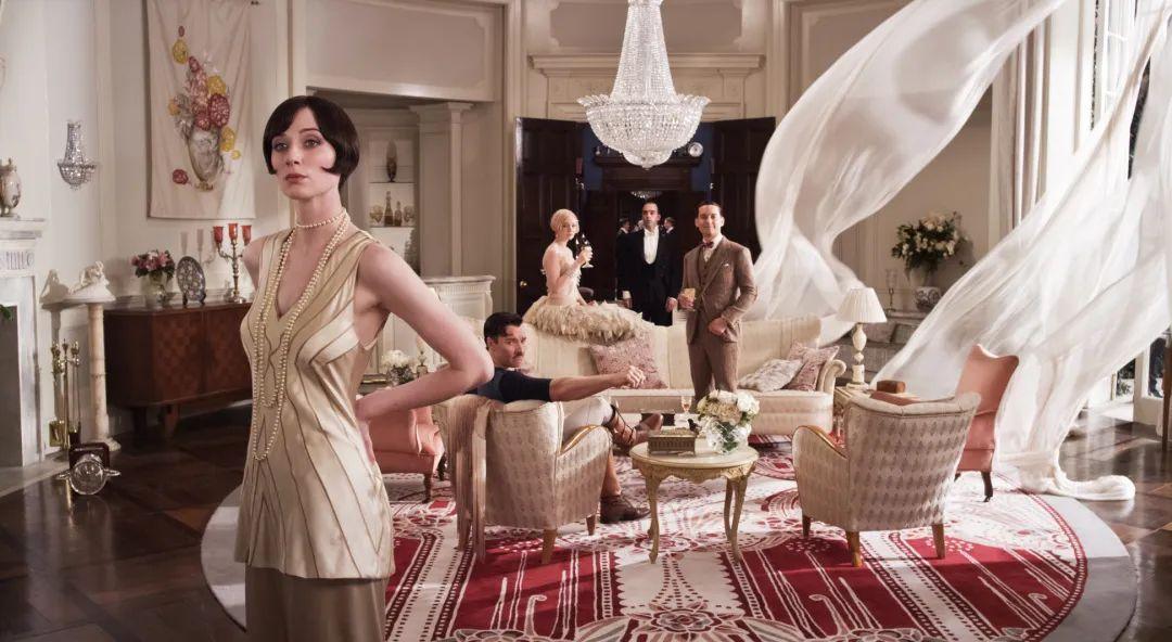一场鎏金焕彩时尚又不乏韵味的ArtDeco奢华摩登婚礼