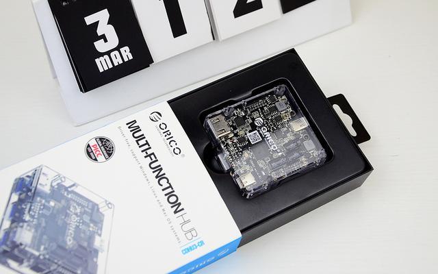 透明科技,支持HDMI4K高清分辨率的多功能Type-C扩展坞开箱体验