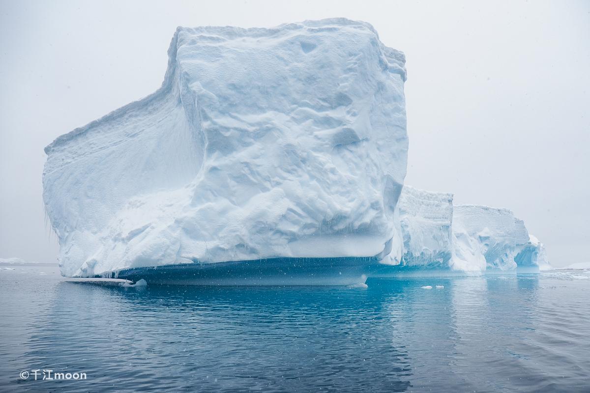 冰雪南极那些壮丽的冰山