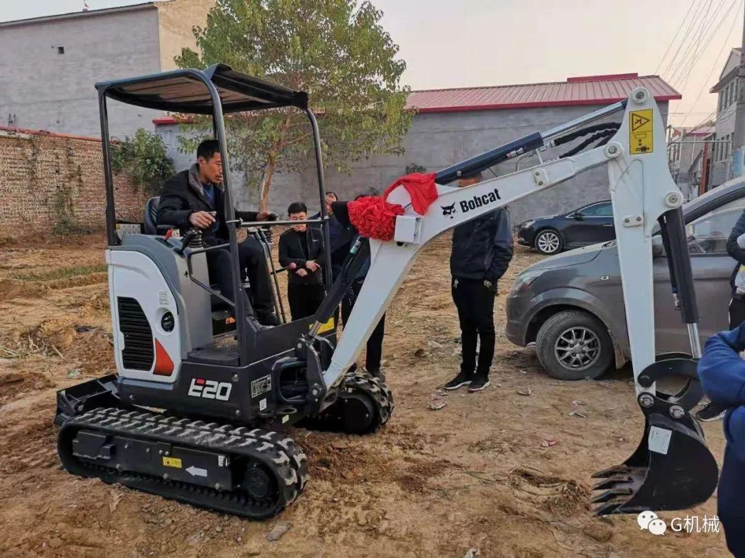 你最喜欢山猫E20挖掘机的什么?