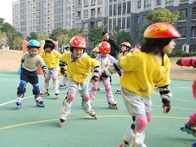 为啥日本孩子体质比中国小孩强一倍?看完他们的体育课