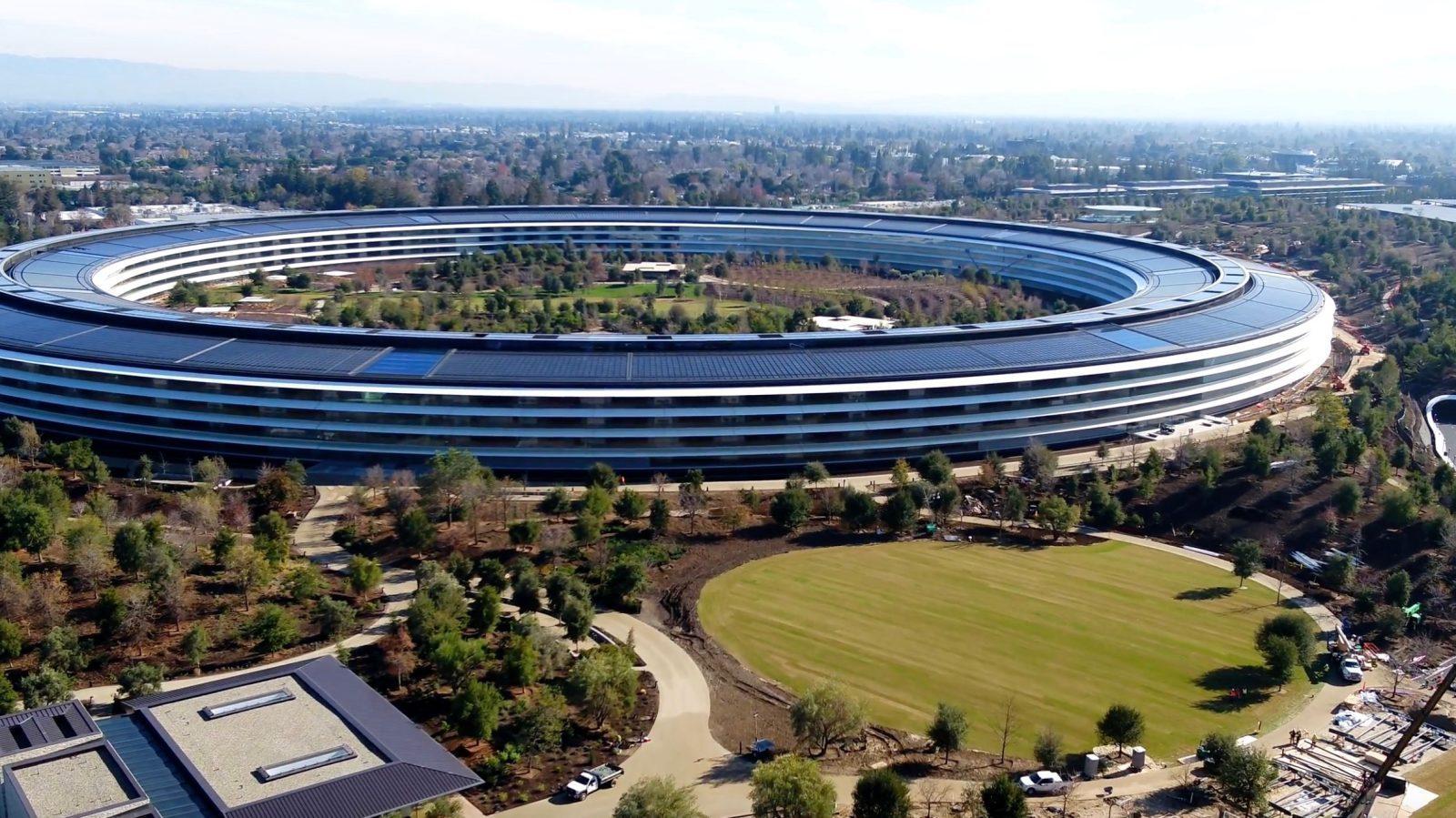 苹果公司宣布关闭零售商店,股票开盘下跌近12%