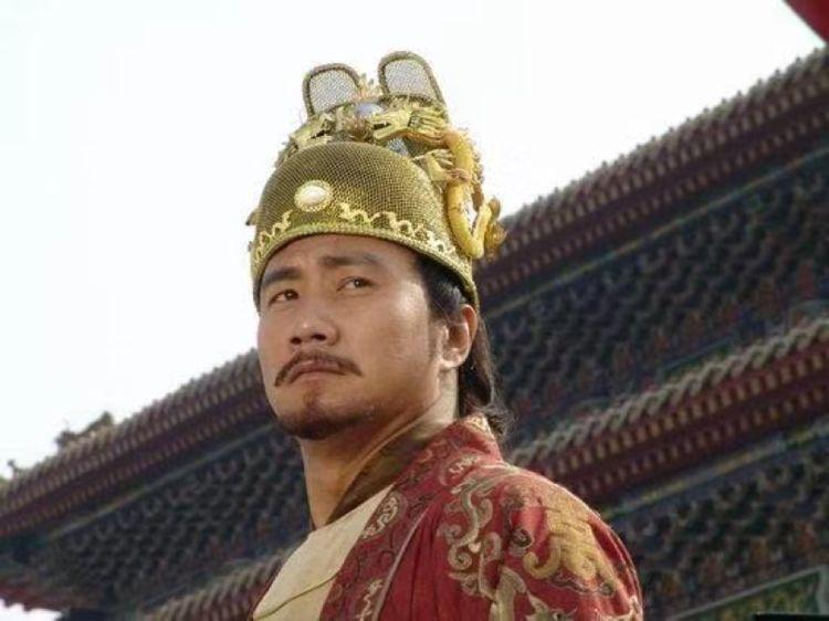 原创            朱元璋微服私访,与一瓜农相谈甚欢,离开后却吩咐下属除掉他