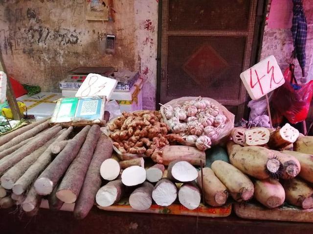 难过进一次南宁城区的菜市场,看到菜价,忍不住乐了
