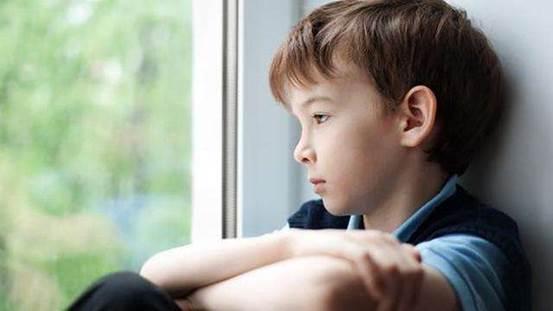 """孩子经常把这3句话挂嘴上,不仅""""自降身价"""",长大也没有大成就"""