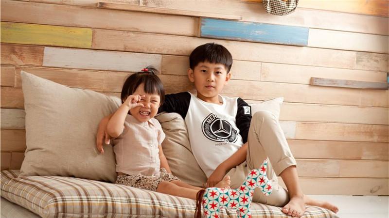 宝宝和哥哥姐姐玩耍时需要注意哪些?