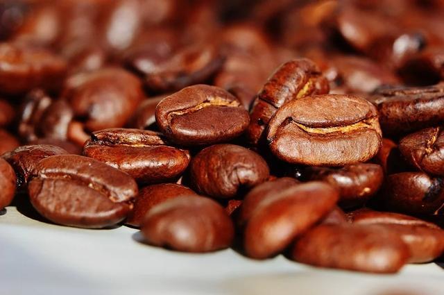 农夫山泉下注挂耳咖啡,卖咖啡有希望吗?