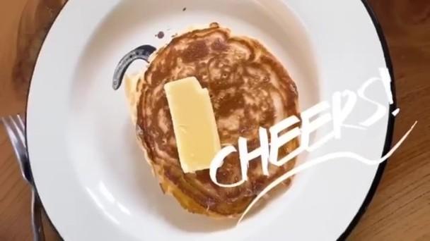 难得清闲!容祖儿训练厨艺晒早餐