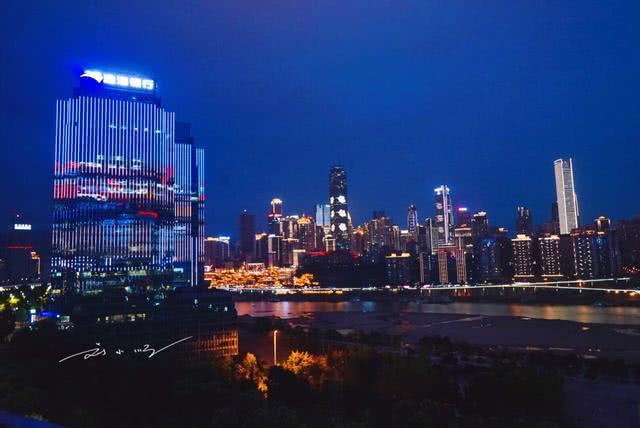 东京的gdp_中国两大发达城市上海苏州GDP总量突破8170亿美金预计超过东京