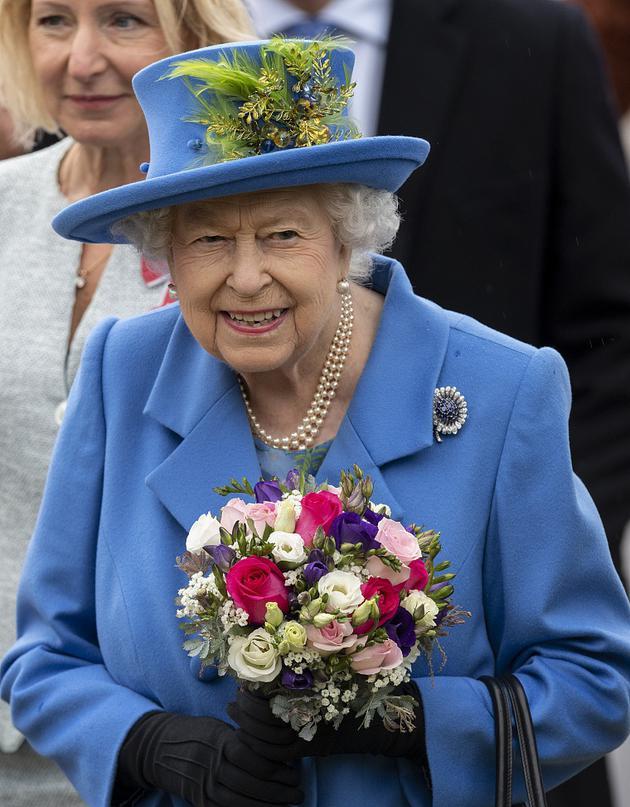 比原计划提前了一周!英国女王今日离开白金汉宫