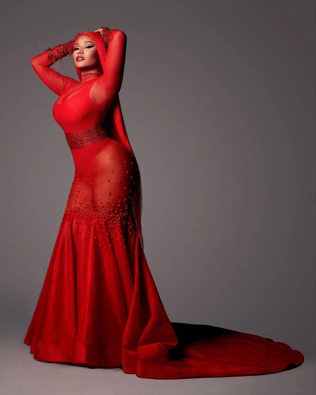 Nicki Minaj 成为首位资产过亿的饶舌女歌手!