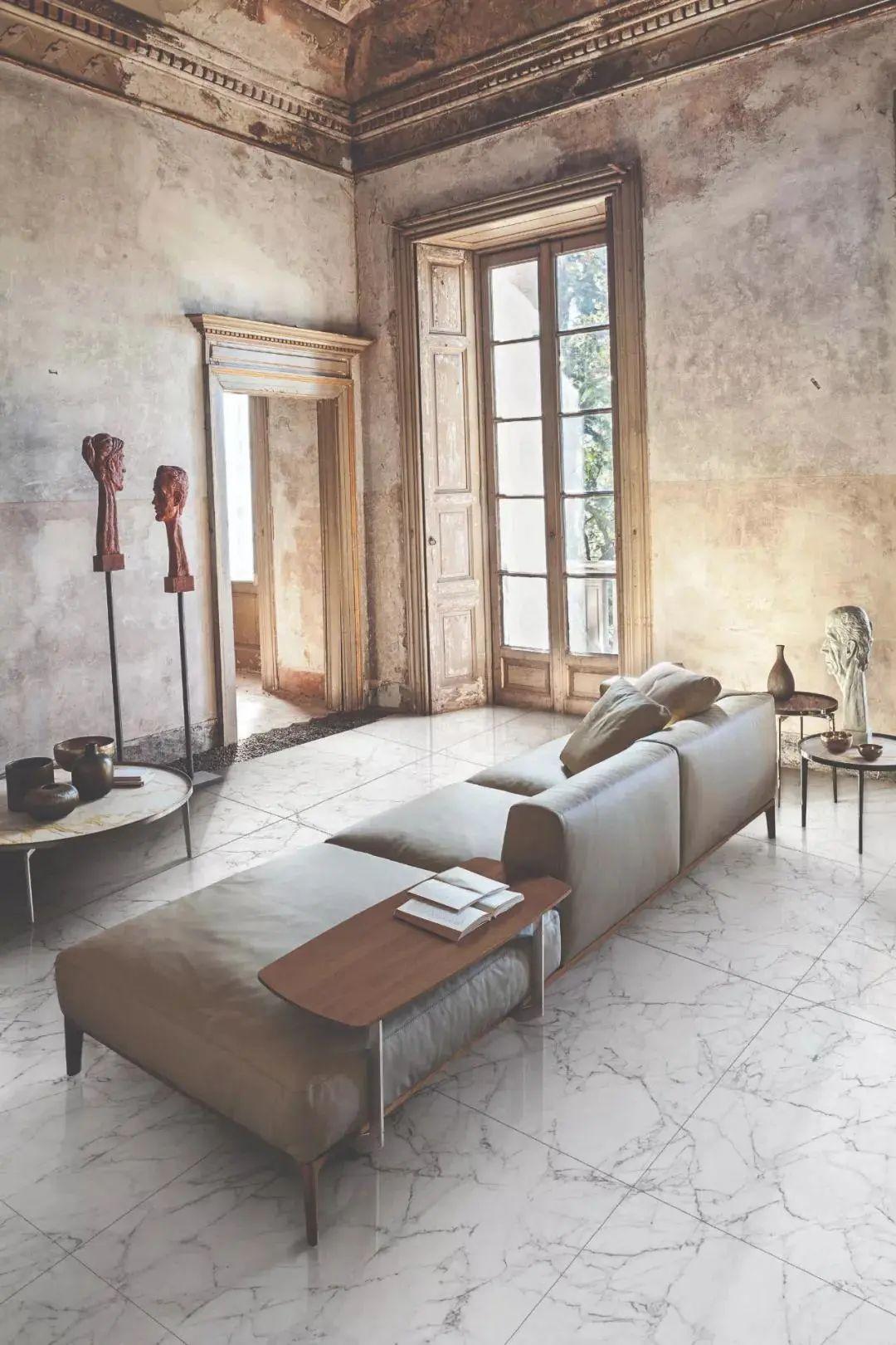 灰木纹瓷砖