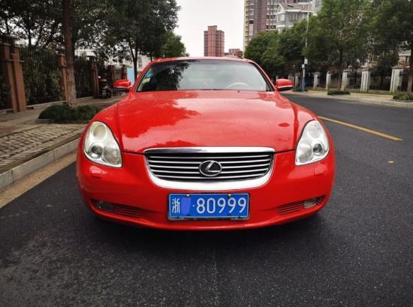 代号SC430的雷克萨斯跑车,98万年前的销量,今天在浙江还能看到