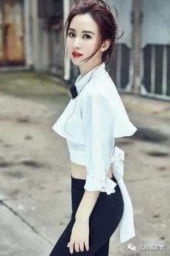 环球小姐怎么会变差,张萌不断地健身,身材现在也很好看_训练