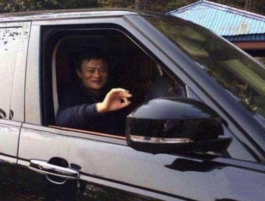 原创             马云退休后的座驾是啥?迈巴赫62S不见,换的是这款车!