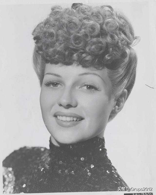 不撞款 vintage复古女郎必备发型的8种发型推荐