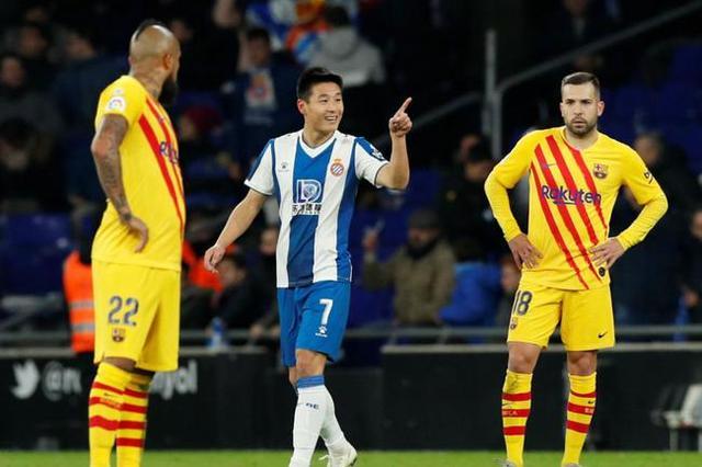 侮辱西班牙人和武磊的账号已被封!武磊微笑报平安一幕,让人感动