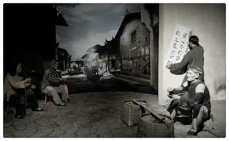 苏区农民杨荣显,8个儿子牺牲6个,邓小平承诺:找回剩下2个