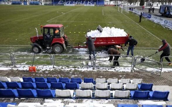 硬核!白俄罗斯顶风开赛 名宿:C罗梅西来踢不?