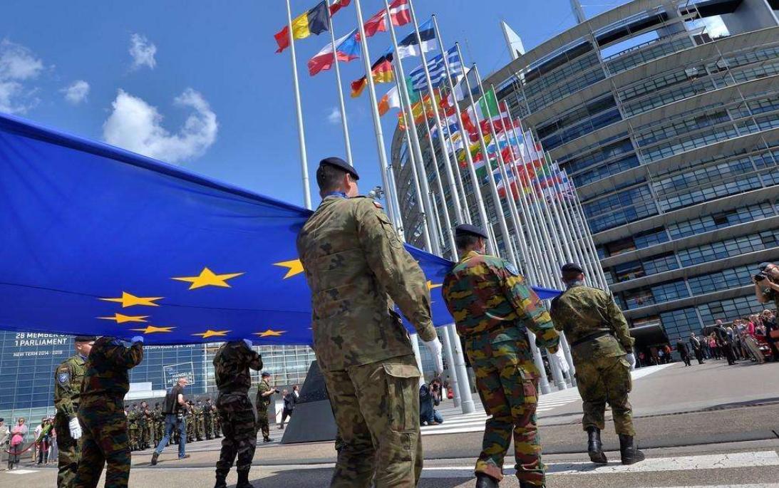 """欧洲一对世仇又闹矛盾,两国上演""""激烈对峙"""",数十架战机参与"""