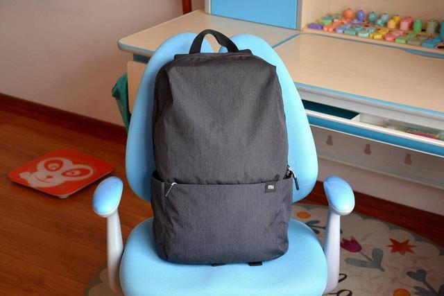 新品小米小背包20L版上线,多场景适用,性价比依旧