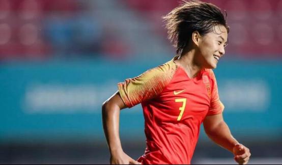原创             来新人了!中国女足即将迎重大调整,一人回归给贾秀全出了难题