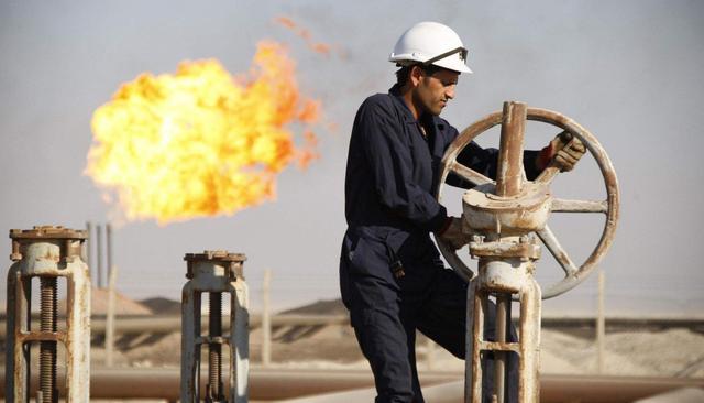 """沙特俄罗斯大打石油价格战,美国搬出""""终极法案"""",沙特或将妥协"""