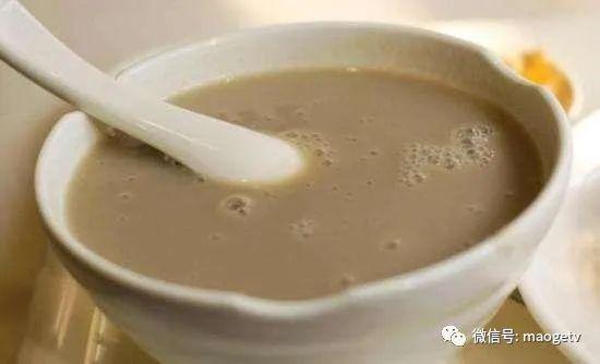外地人问,老北京豆汁儿多难喝啊?