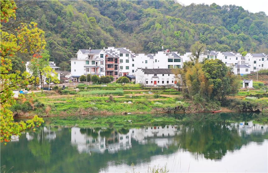 原创             春天的婺源:中国最美乡村的诗画田园,穿越千年,梦里老家