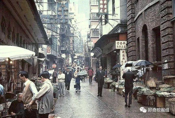 香港荷李活道的妓院一条街