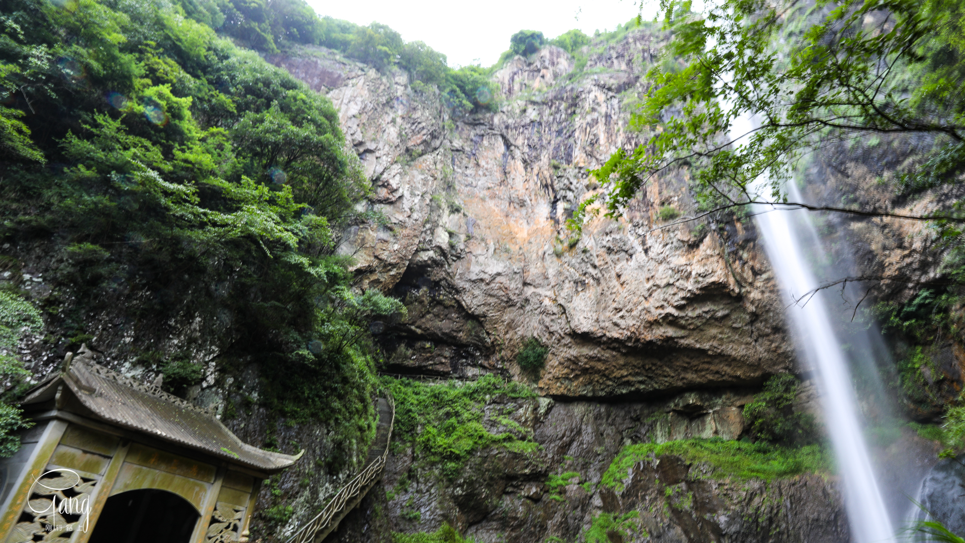 原创             浙江中部大峡谷舞龙峡,飞瀑如龙,有人说堪比黄果树瀑布