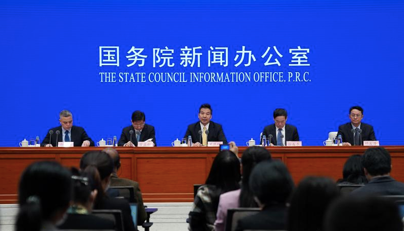 曾益新:中国经验可从四方面总结愿与国际分享