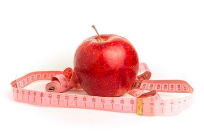 原创每天吃苹果能清理血管?提醒:大错特错,真正能通血管的是这2件事