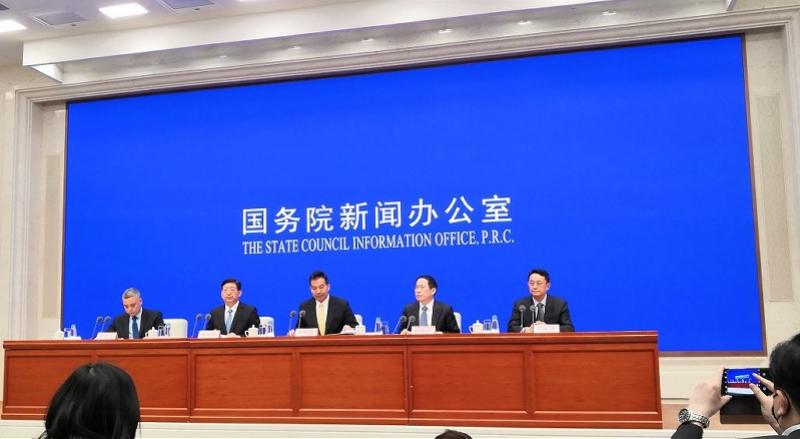 外交部:敦促驻在国解决海外中国公民诊断签证问题,反对歧视言行