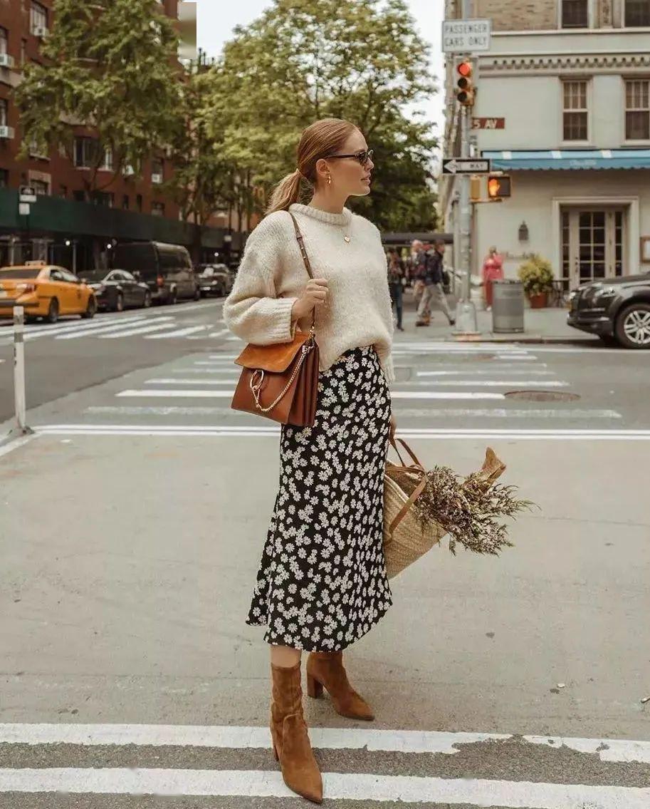 针织衫+半裙,才是2020春天最气质时髦的打开方式!美爆了!