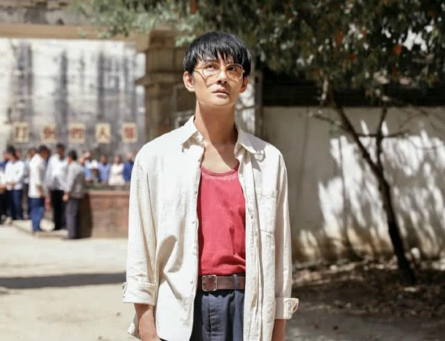「工作服」穿工作服发福明显遭调侃像工头《大江大河2》王凯新路透曝光