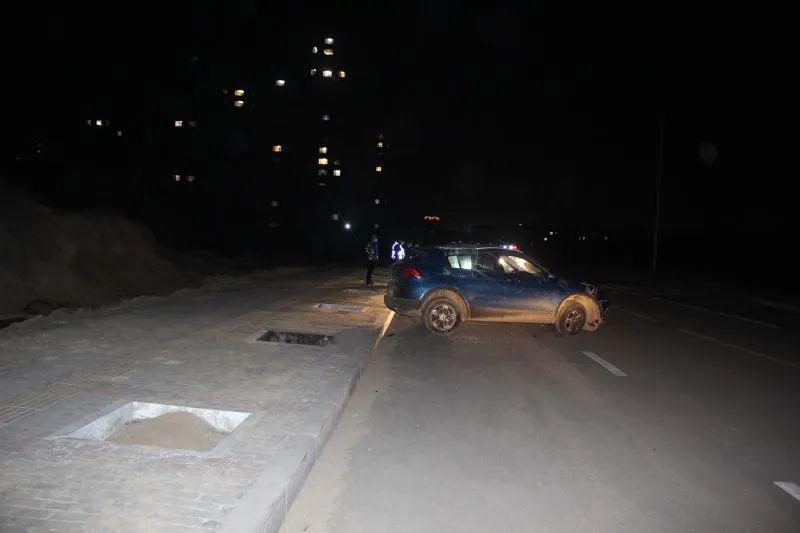 热文:咋想的?男子无证驾驶共享汽车翻了车竟叫来母亲顶包结果……