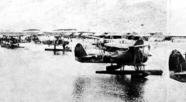 原创            老照片:日军北部湾登陆后 空地协同直扑南宁 被俘的桂军怒目圆睁