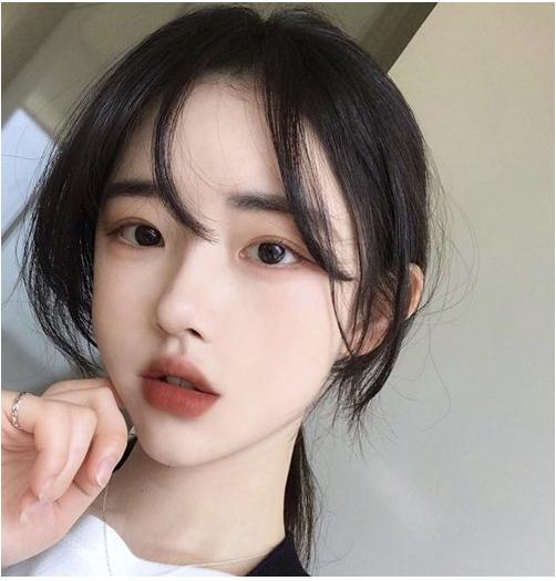 女学生脸大该绑什么发型?搞定刘海长发短发怎么扎都好看图片