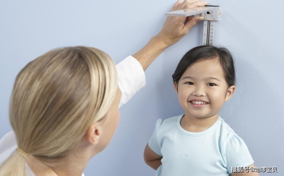 担心宝宝缺钙,还在纠结用哪种补剂吗?这位妈妈的方法值得表扬