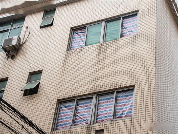 据了解,该出租房居住了一对唐姓姐弟,因近日发现新买的热水器发生图片